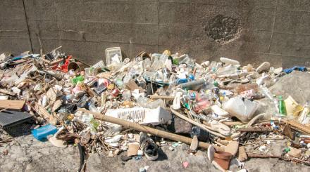 海底ゴミ回収